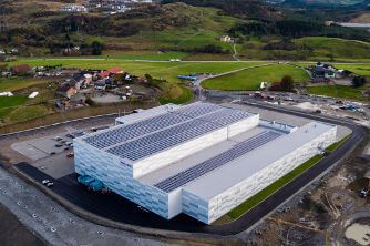 New innovative distribution centre generates and stores energy